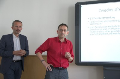 Rechtsgutachter Prof. Dr. Niko Härting und Bezirksstadtrat Stephan von Dassel